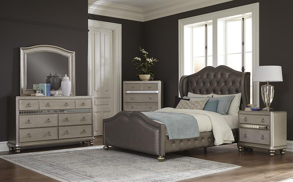 G300824 4 Pc Queen Bed Set image