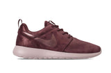 Nike Women's Roshe One Premium Training Shoes-MTLC Mahogany