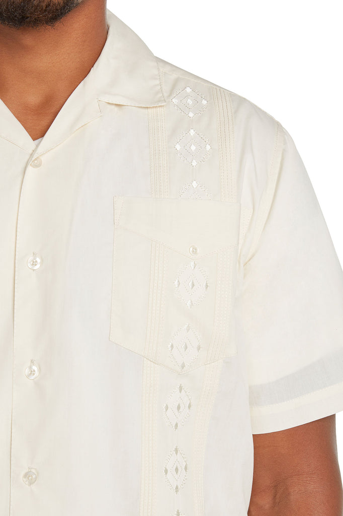 9 Crowns Men's Modern Fit Short Sleeve Guayabera Button Down Shirt
