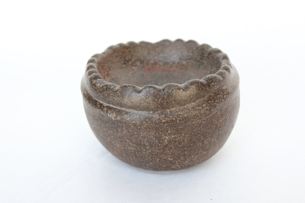 Columbia River Stone Bowl with Scalloped Rim