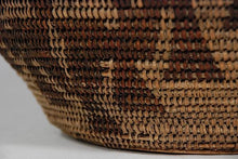 Native American California Maidu Indian Basket