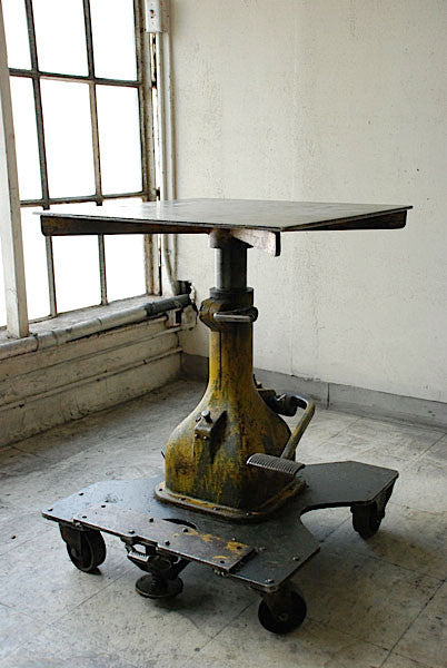 American Industrial Factory Lift Table