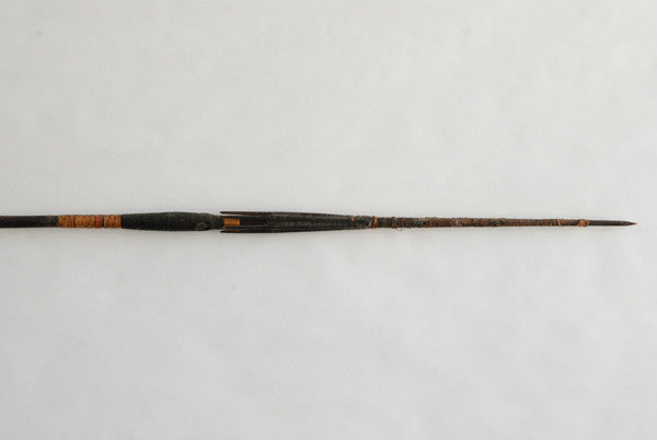 Solomon Islands Barbed Spear
