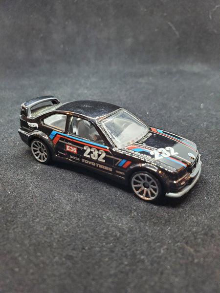 Hot Wheels - BMW E36 M3 Race - 2015