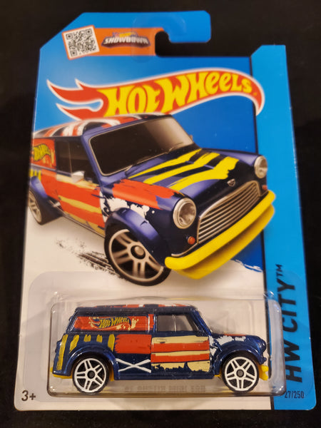 Hot Wheels - '67 Austin Mini Van - 2015