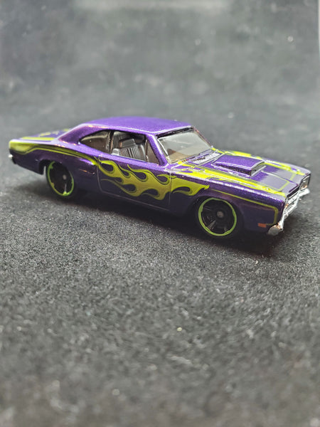 Hot Wheels - '69 Dodge Coronet Super Bee - 2014