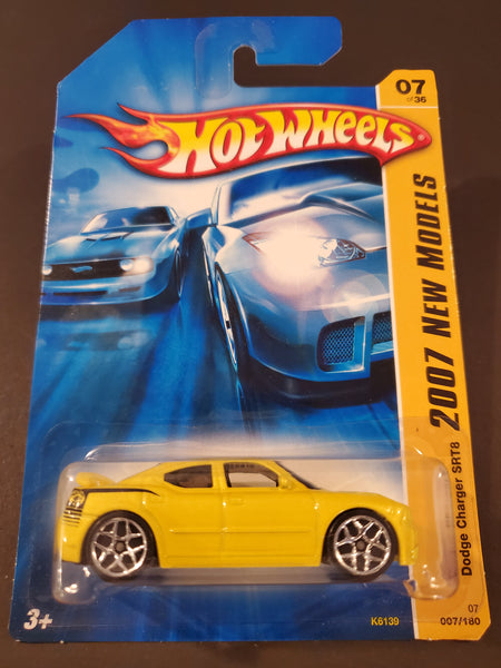Hot Wheels - Dodge Charger SRT8 - 2007