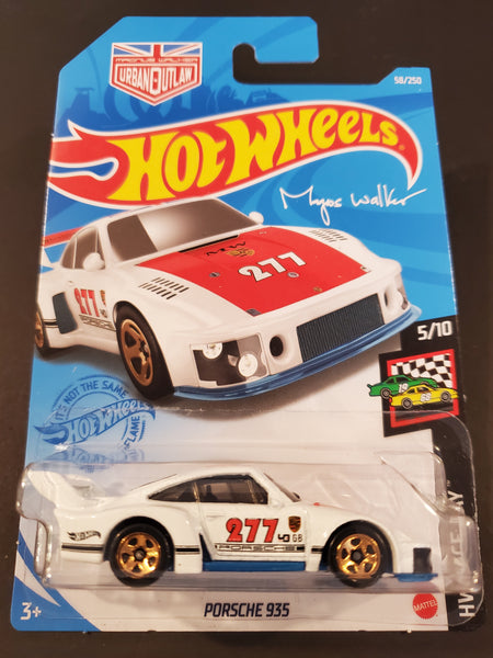 Hot Wheels - Porsche 935 - 2021