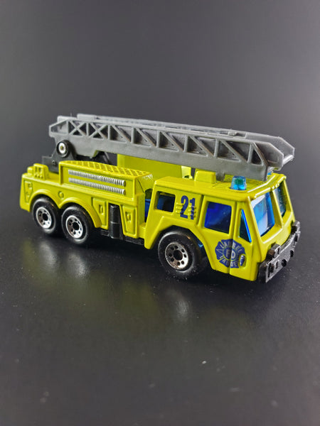 Matchbox - Fire Engine - 1999