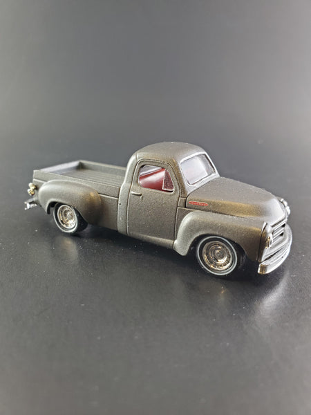 M2 Machines - 1953 Studebaker 2R - 2017 1:64