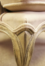 Load image into Gallery viewer, Luxurious Cream Chair