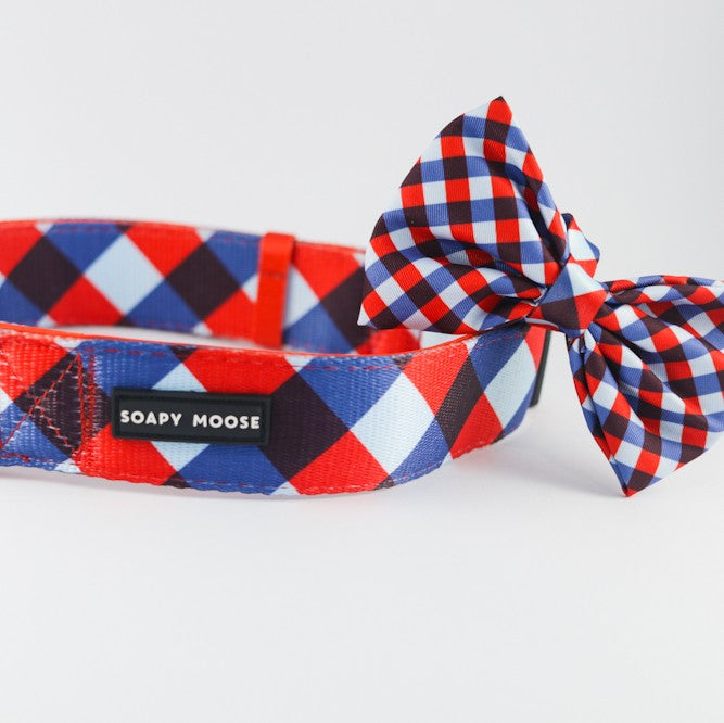 SOAPY MOOSE - The Trend Setter Collar & Bow Tie