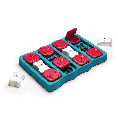 NINA OTTOSSON - Dog Brick Blue Puzzle Toy