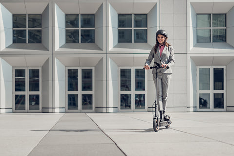 Segway Ninebot max G30. Adult commuting on electric scooter. Great commuter scooter. Available for purchase from Electric Travels https://electrictravels.co.uk/