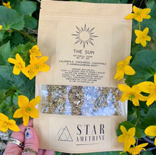 Load image into Gallery viewer, the sun botanical tisane herbal tea blend