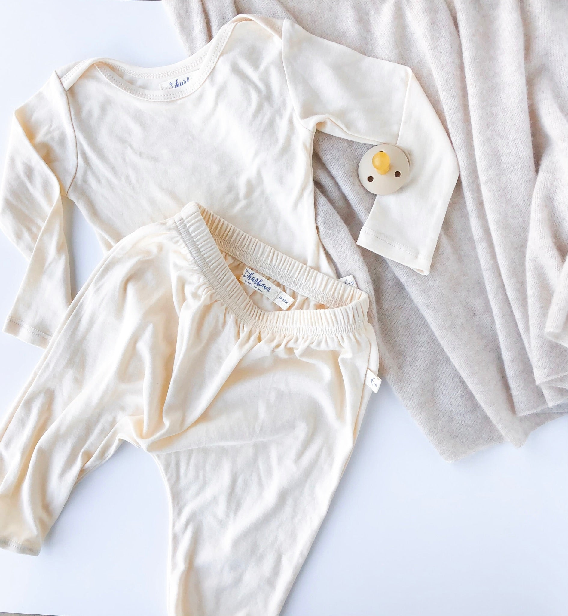 Long Sleeve Cozy Tee in Ivory Organic Cotton