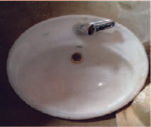 Big Ceramic Sink (400 x 380)+ tap