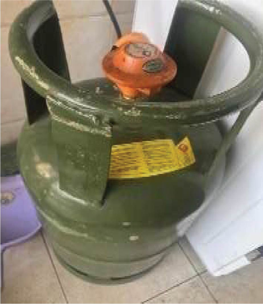LPG Cylinder with Gas - 13kgs