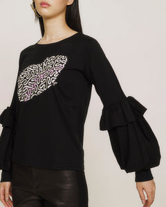Art embroidered  long sleeve top