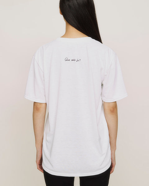 Unisex art embroidered tee