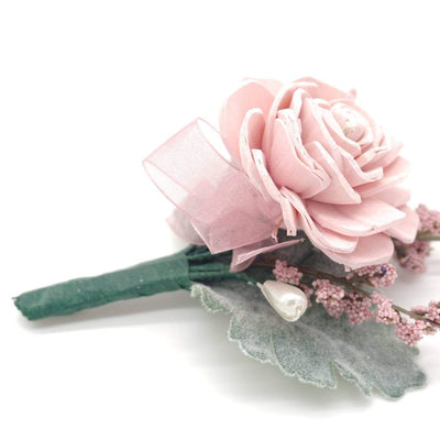 Timeless Blush Boutonniere