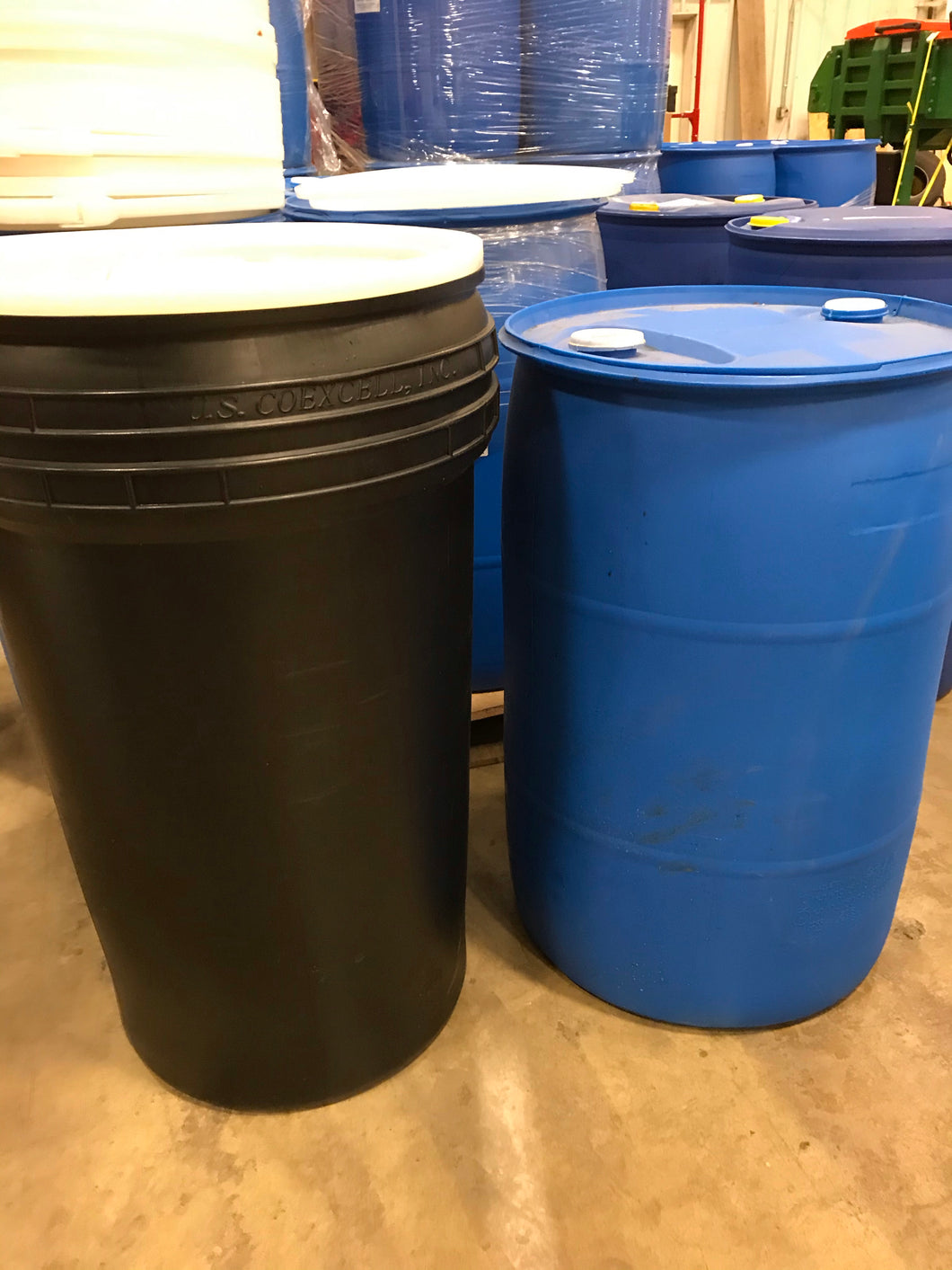 Mix and match 55-gallon closed top plastic drums & open top 55-gallon barrels (quantity 5-10)