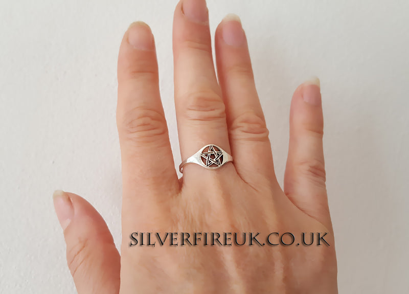 Thin Band Pentagram Ring
