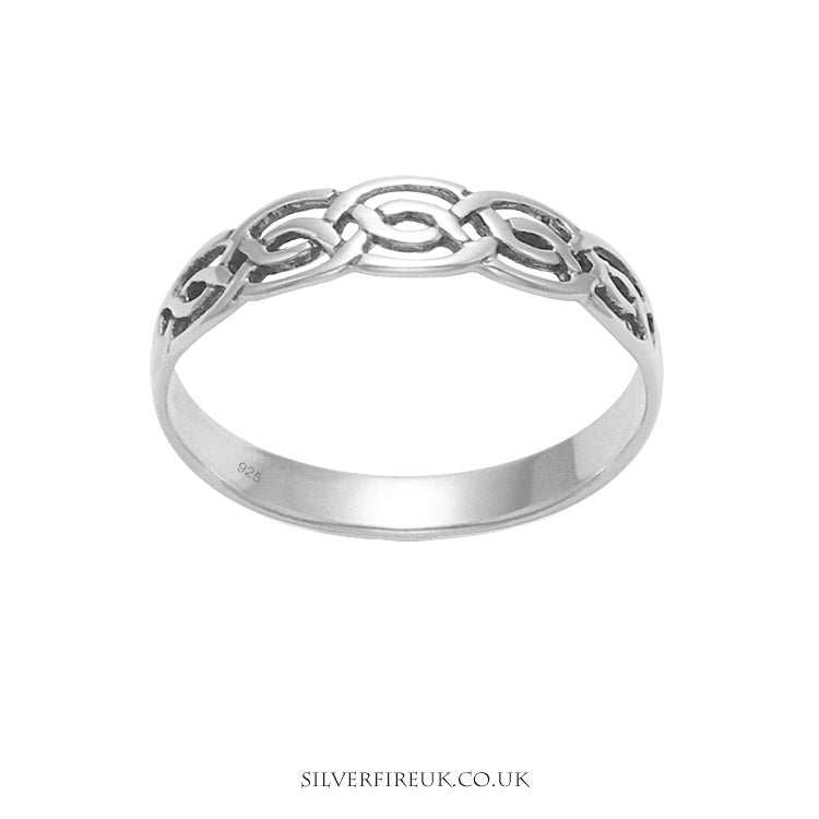 slim band Celtic ring