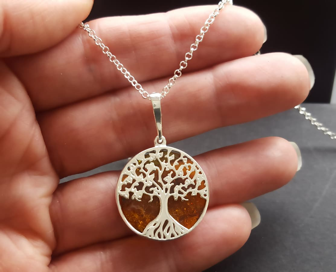 NEW Tree Of Life Necklace With Amber