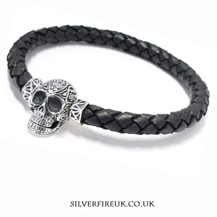 MENS TRIBAL SKULL BRACELET
