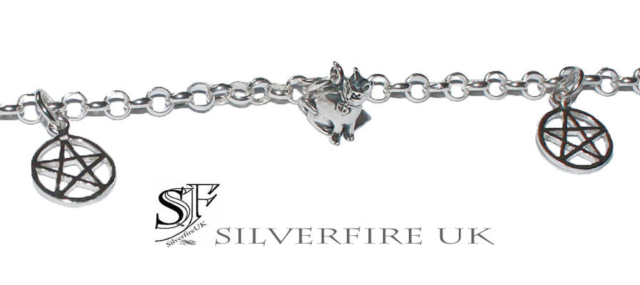 Witches Cat  Bracelet with Pentagram Charms