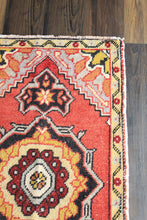 "Load image into Gallery viewer, Jane - 1'8-1/4"" x 3'2-1/2"" Vintage Turkish Oushak Rug"