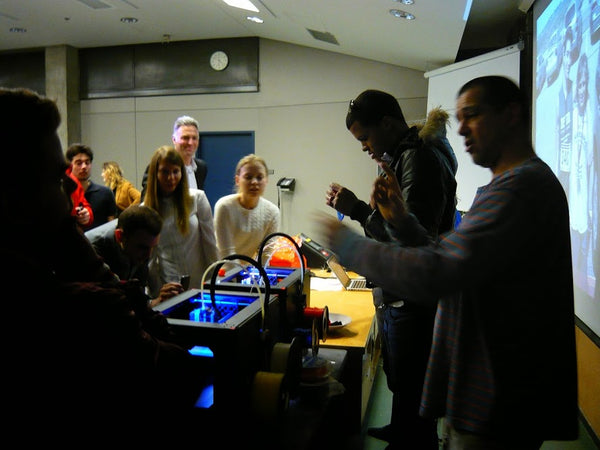 MatterThings brings 3D printing to McGill University Students | L'impression 3D à l'Université McGill