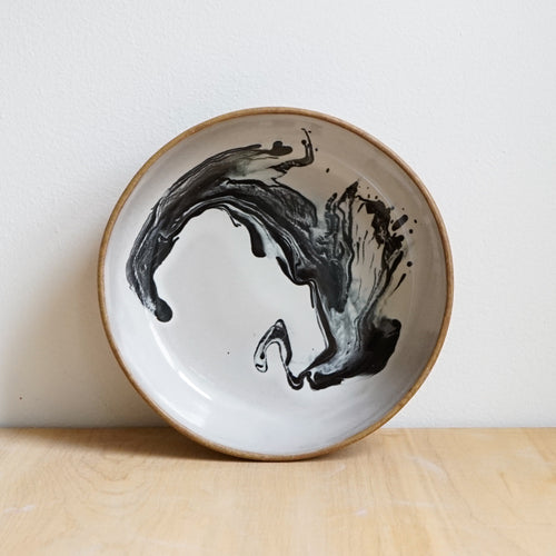 Shallow bowl, Squid