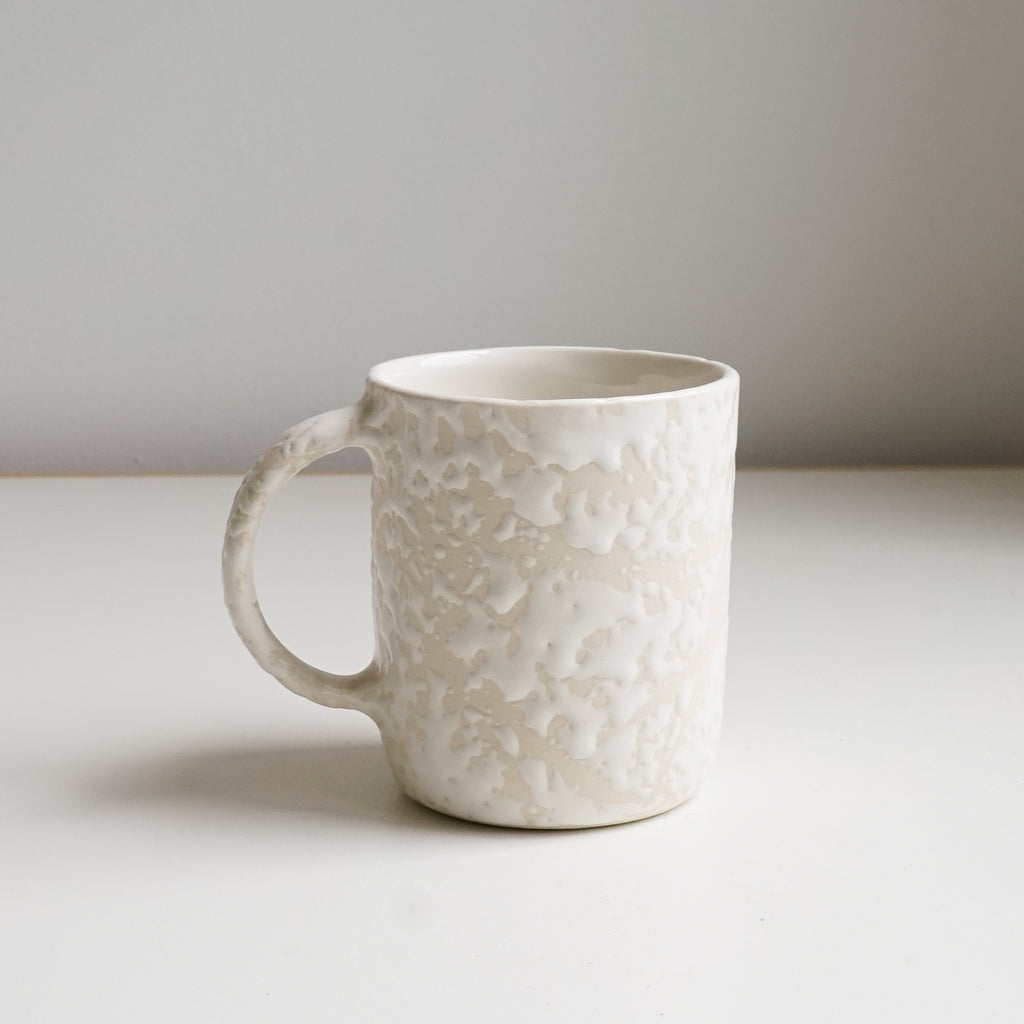Snow drift mugs