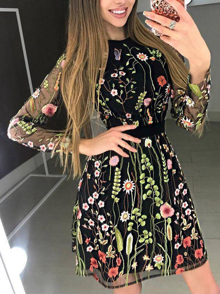 Elegant Embroidery Lace Stitching Long Sleeve Dress