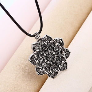 Bohemian Retro Ethnic Unisex Punk Alloy Coin Necklace