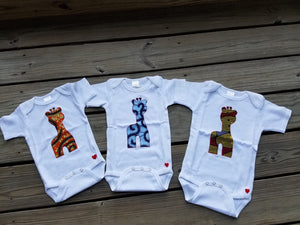 Majestic Giraffe Appliqué Bodysuit (Yellow and Red)