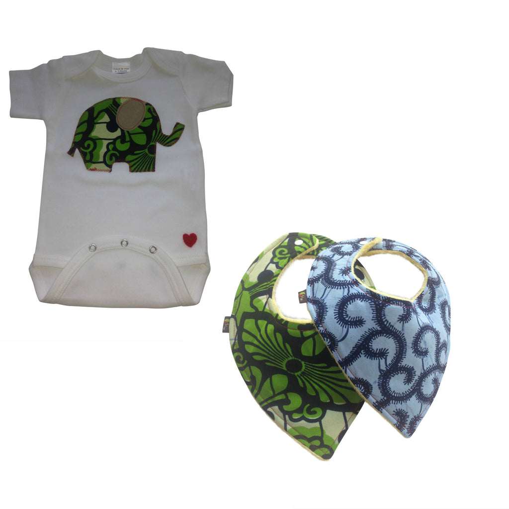 3-Piece Welcome Home Gift Set: Single Elephant Appliqué Bodysuit and Heart-Shaped Baby bibs (Green)
