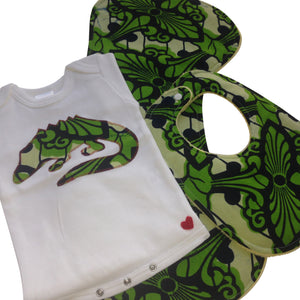 3-Piece See Ya Later Alligator Appliqué Bodysuit, Baby Bib and Burp Cloth Set (Green)
