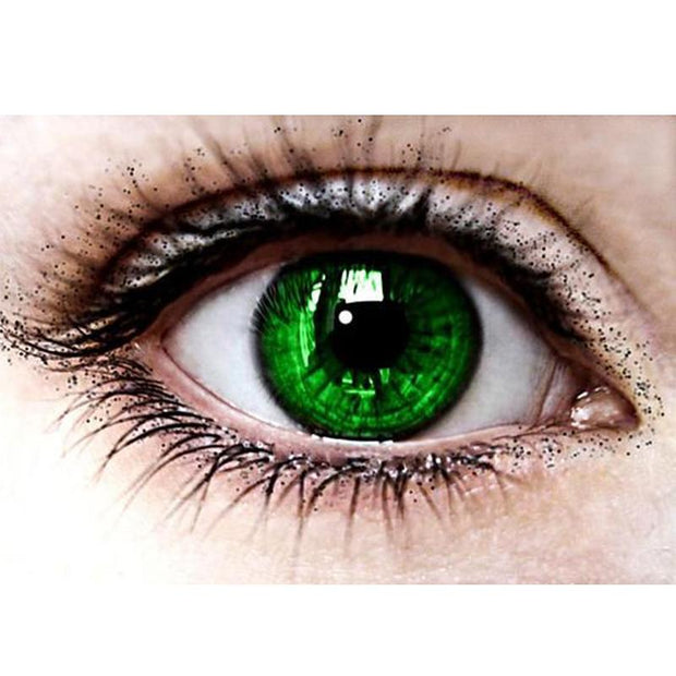 Bright green (12 months) contact lenses