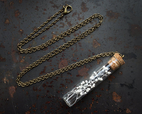 Botanical Necklace - Baby's Breath