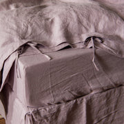 Self fabric knotted lilac duvet cover closure