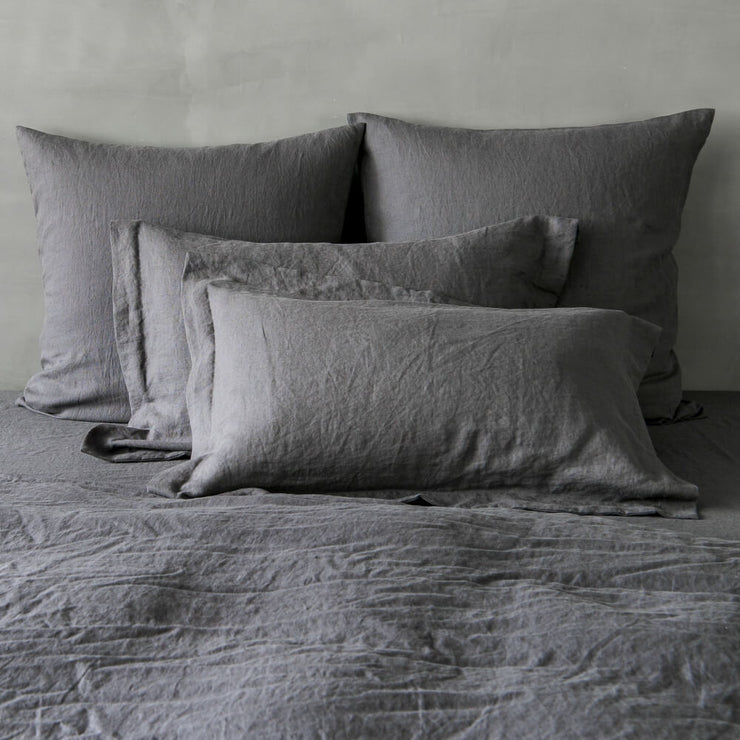 Linen Flanged Pillowcases Lead Gray