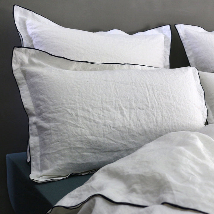 Bourdon Edge Flanged Pillowcases - Linenshed