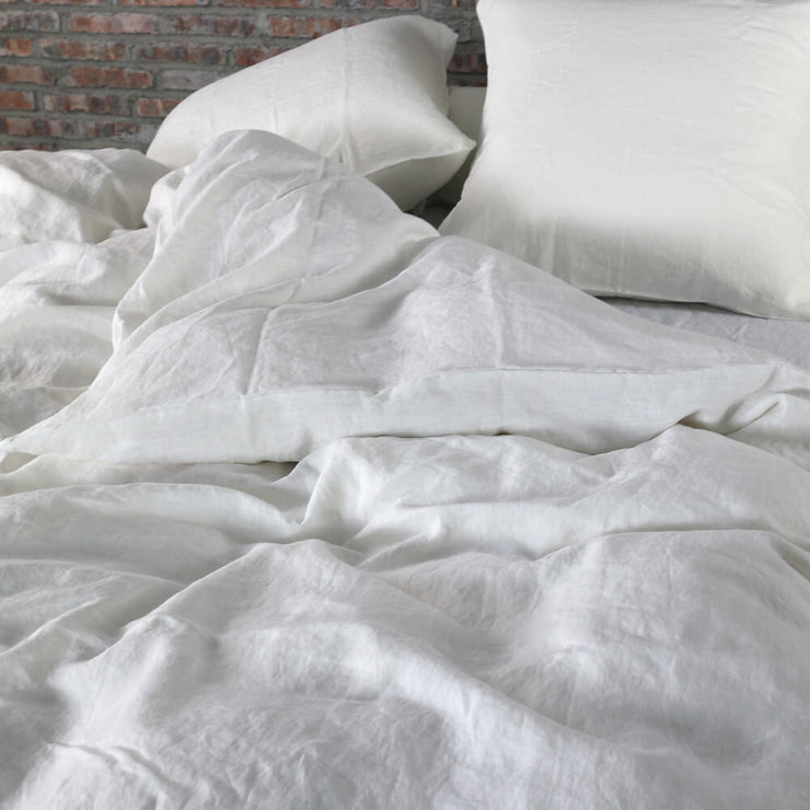 Optic White Linen Duvet Cover with Cloud Texture