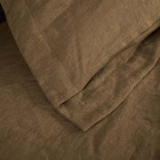 Flanged Linen Pillowcases detail in Coffee