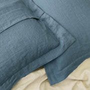 Back Side of Oxford Border Pillow Cover