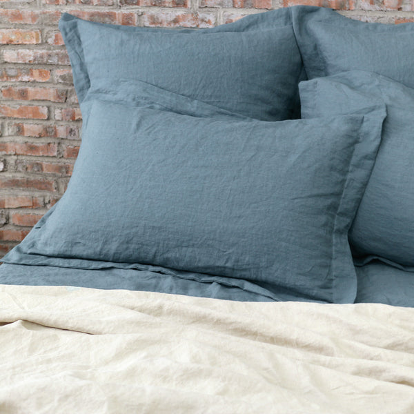 Flanged Linen Pillowcases French Blue with Natural Duvet