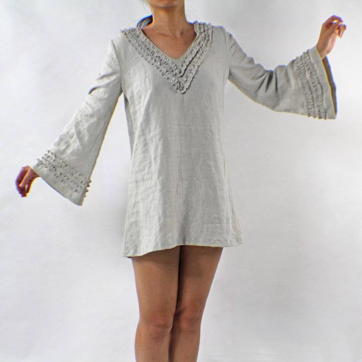 Ruffled V-shaped Neckline Linen Nightdress